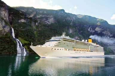 Join a fjord cruise