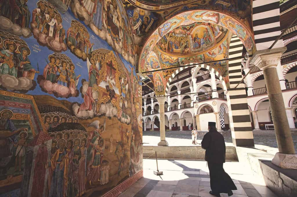 see the world heritage sites bulgarian