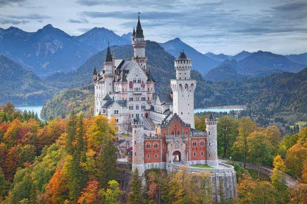 Go castle-hopping