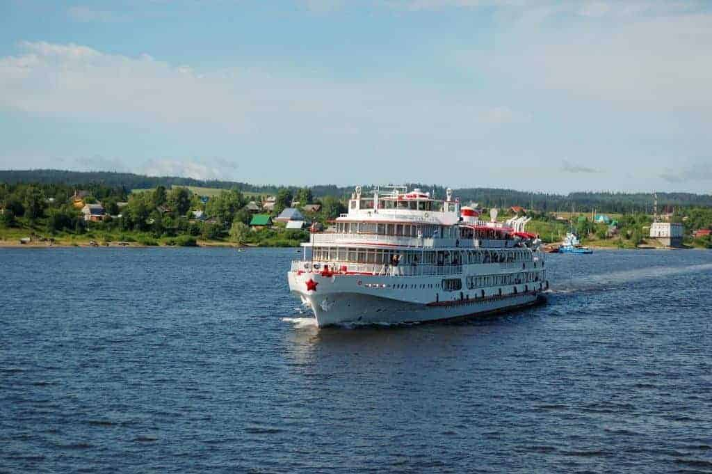 Take a cruise on the River Shannon