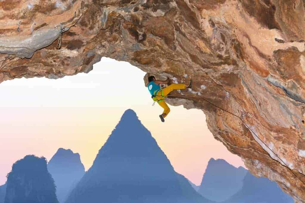 Climb the Hoggar Mountains