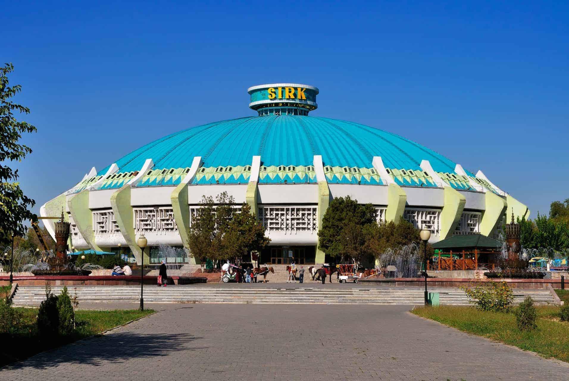 Watch the modern Uzbek circus
