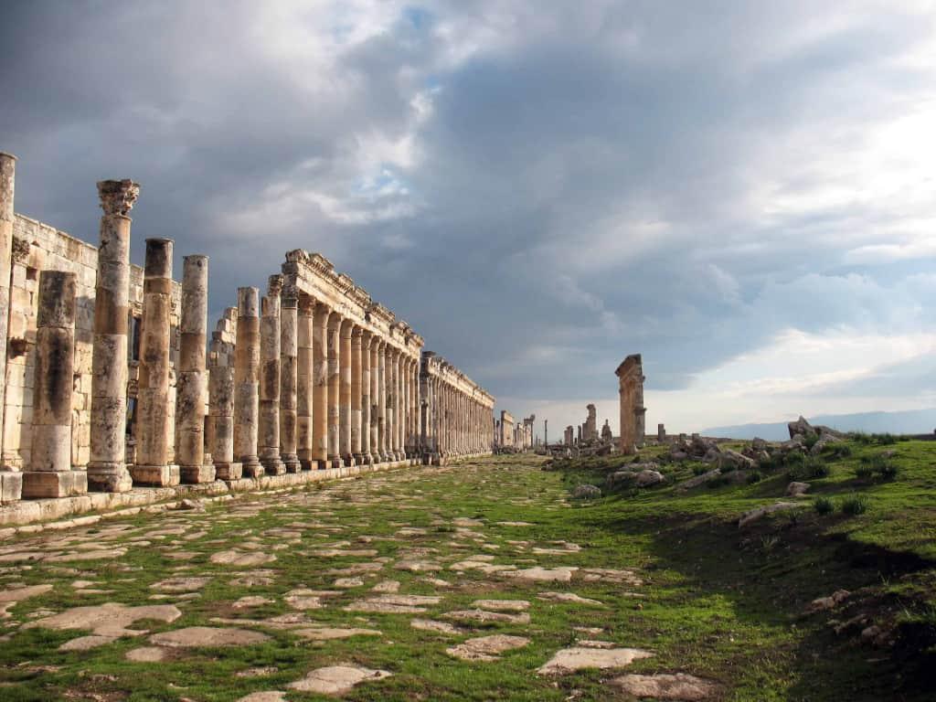 Colonnaded road in Apamea